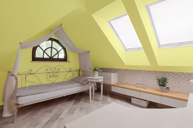žlutá místnost.jpg